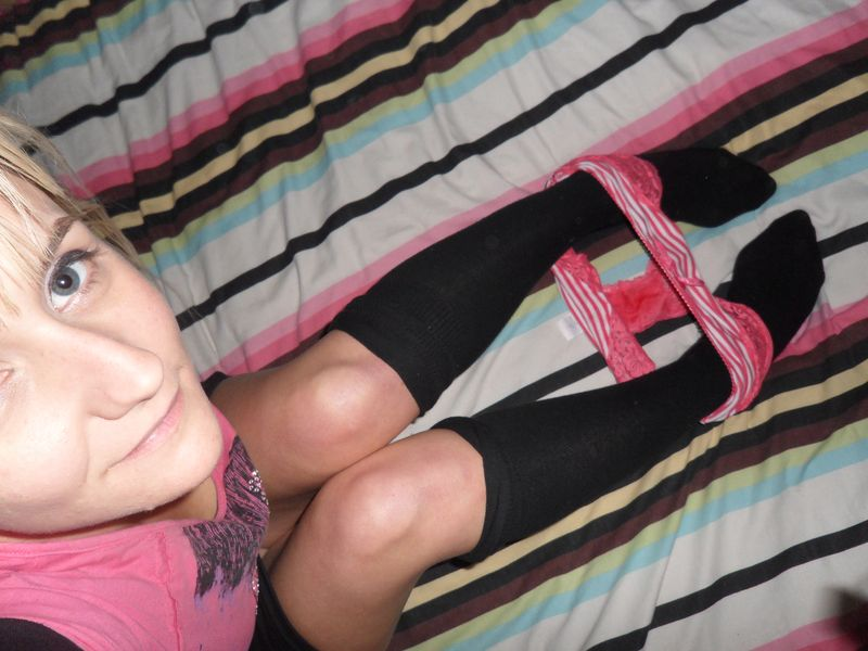dirty_panties_black_long_socks_pink_and_white_lace